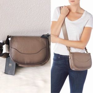✨New FRYE Lucy Leather Saddle Crossbody Bag
